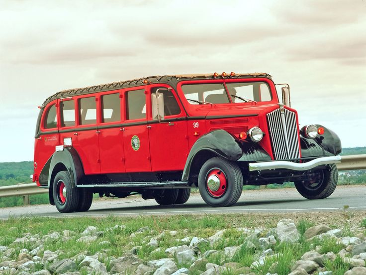 1930s White Glacier National Park Red Bus - Side Angle - 1920x1440 Wallpaper