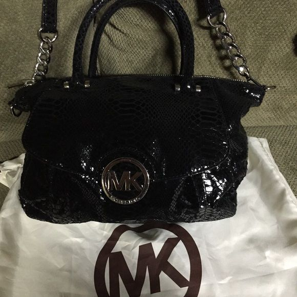 Michael Kors Black Bag Michael Kors black bag. Michael Kors Bags Crossbody Bags