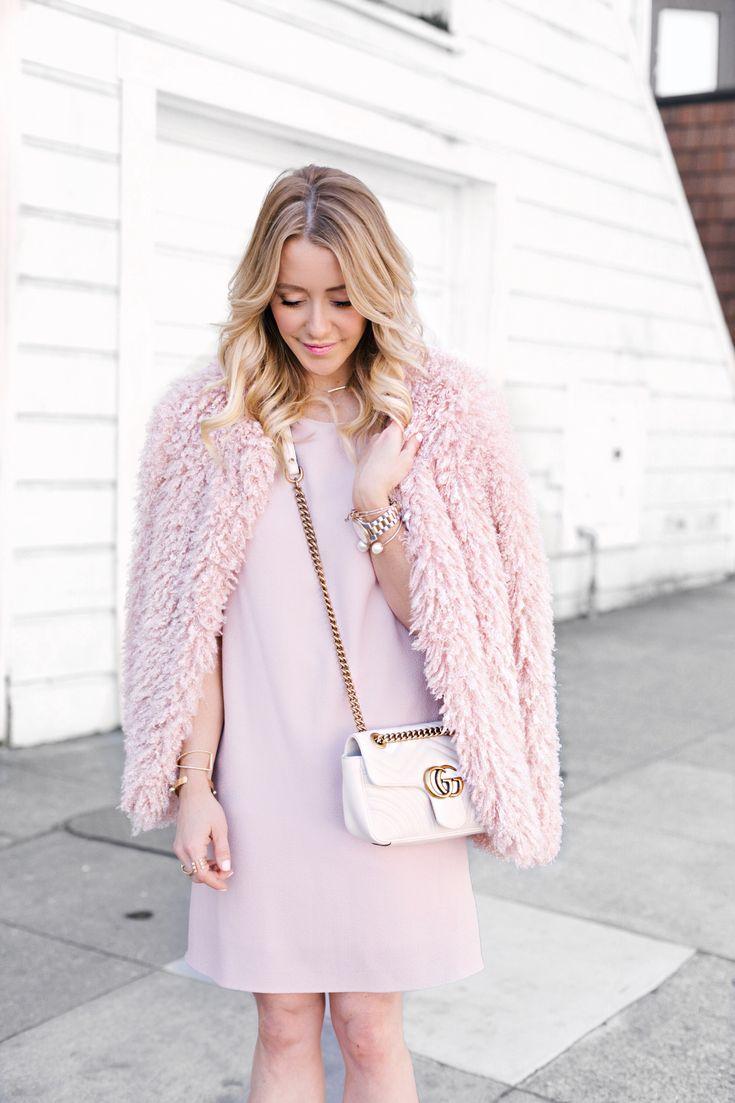 Bell Sleeve Shift Dress, GG Marmont matelassé mini bag, Shaggy Fuzzy Sweater Cardigan    #springstyle #springfashion #datenighstyle