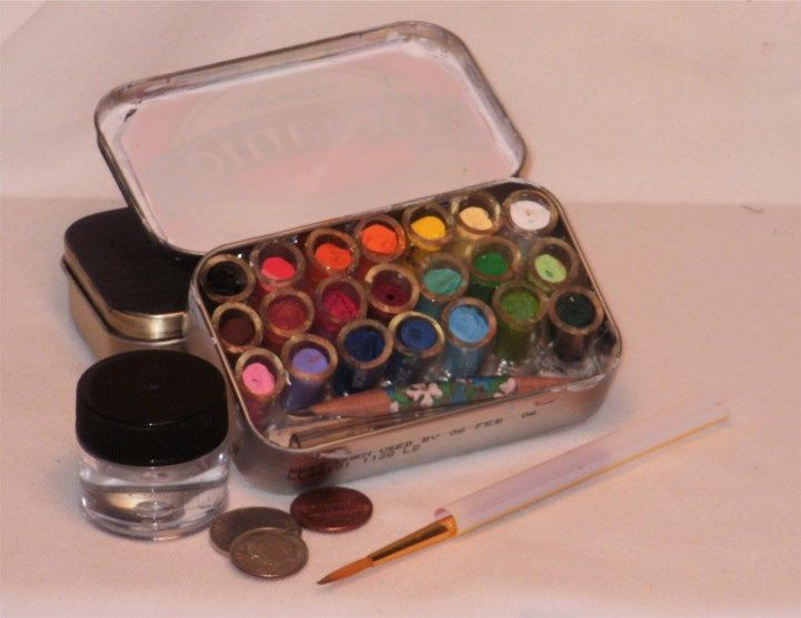 Small altoid tin watercolours
