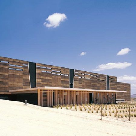 Olisur olive oil factory by GH   A Architects