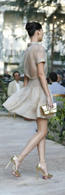 Fashion trends | Spring chic dress I would wear bra with it
