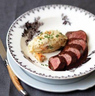 Reefilet met chocoladesaus recept - Vlees - Eten Gerechten - Recepten Vandaag