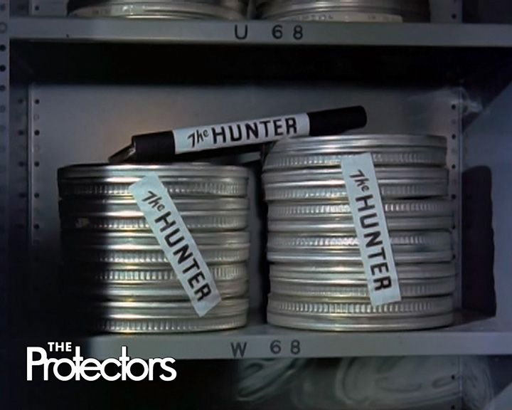 The Protectors - The Insider / Gli invincibili - Passaggio segreto http://www.serietv.net/guide/gli-invincibili/lista_episodi.htm
