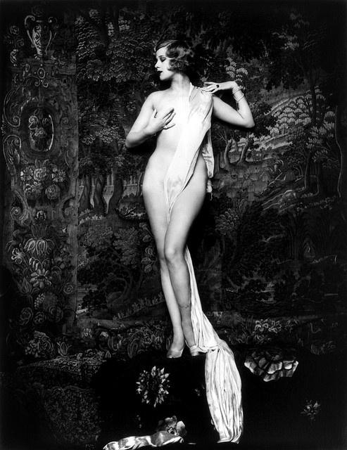 Hazel Forbes, Ziegfeld Follies girl & Miss United States, photo by Alfred Cheney Johnston, (1928).