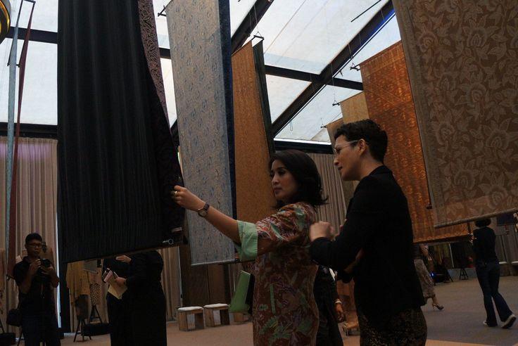I Am Indonesian – Kembalikan Batik Kembali (Getting the Batik Back) exhibition held from April 28 to 30 2017 at the Dharmawangsa Jakarta. - The Jakarta Post