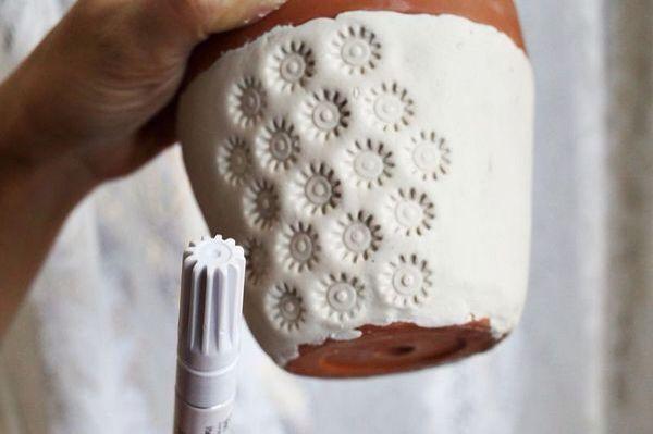 Textuur maken met de dop van een viltstift!