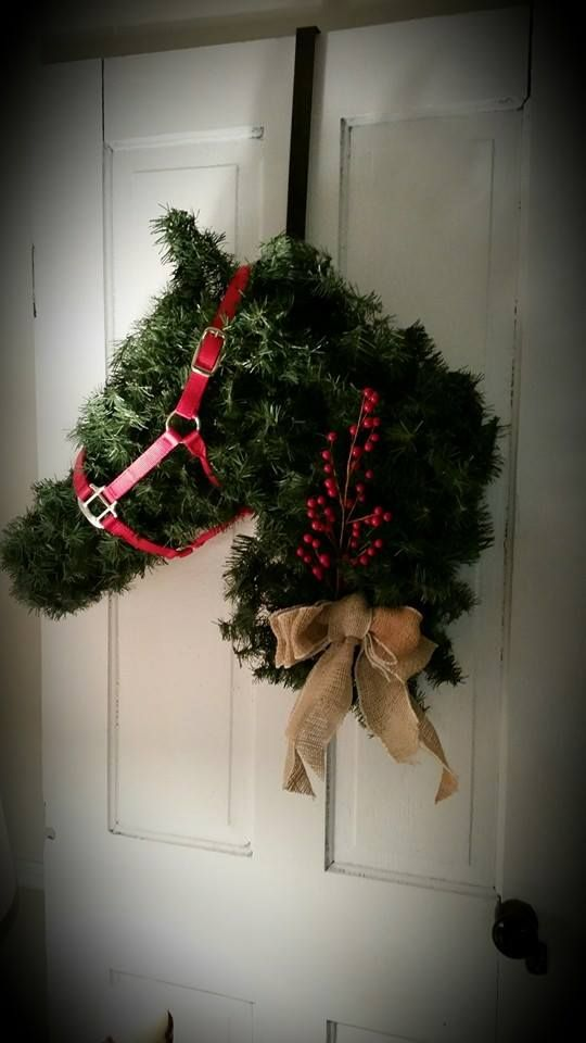 Horse Head Wreath I Made Out Of Chicken Wire And Christmas