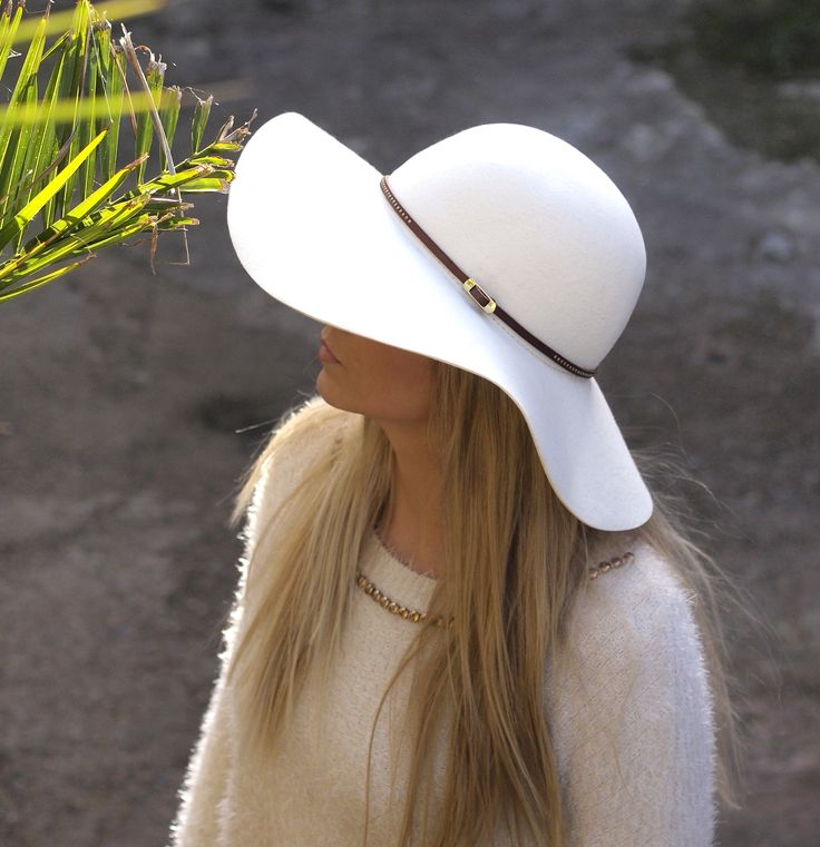 WINTER WHITE BELTED FLOPPY #mudu #london #hat: