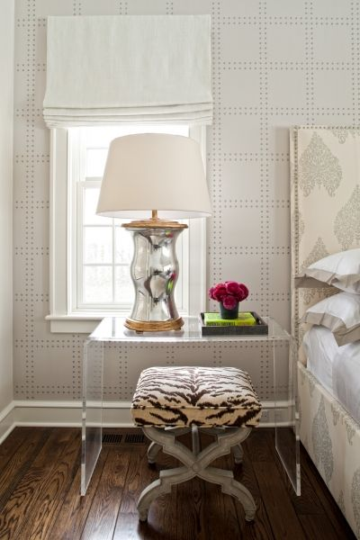Although the wall paper is not fabric, I wanted to pin this to show how soft this room looks yet in the picture there are three patterns happening. The stool is the more daring but compliments the headboard and geometric pattern of the wall paper perfectly.