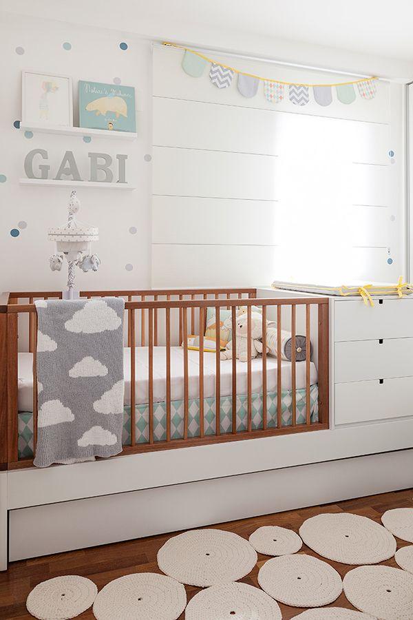 Decoração de bolinhas para o quarto de bebê