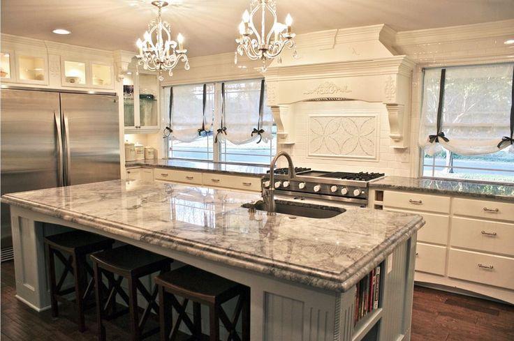 Vervollständigen Sie Ihre neue #Quarzstein #Arbeitsplatte mit einem Speziell angefertigten  Rand für zusätzlichen Hauch von Eleganz. Herausfinden Sie welche ist die richtige für das Aussehen Ihre Küche.  http://www.arbeitsplatten-deutschland.com/quarzstein-arbeitsplatten-moderne-quarzstein-arbeitsplatten