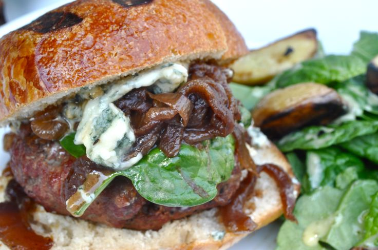 Sirloin Burger w/Cabernet Caramelized Onions and Gorgonzola Cheese ...