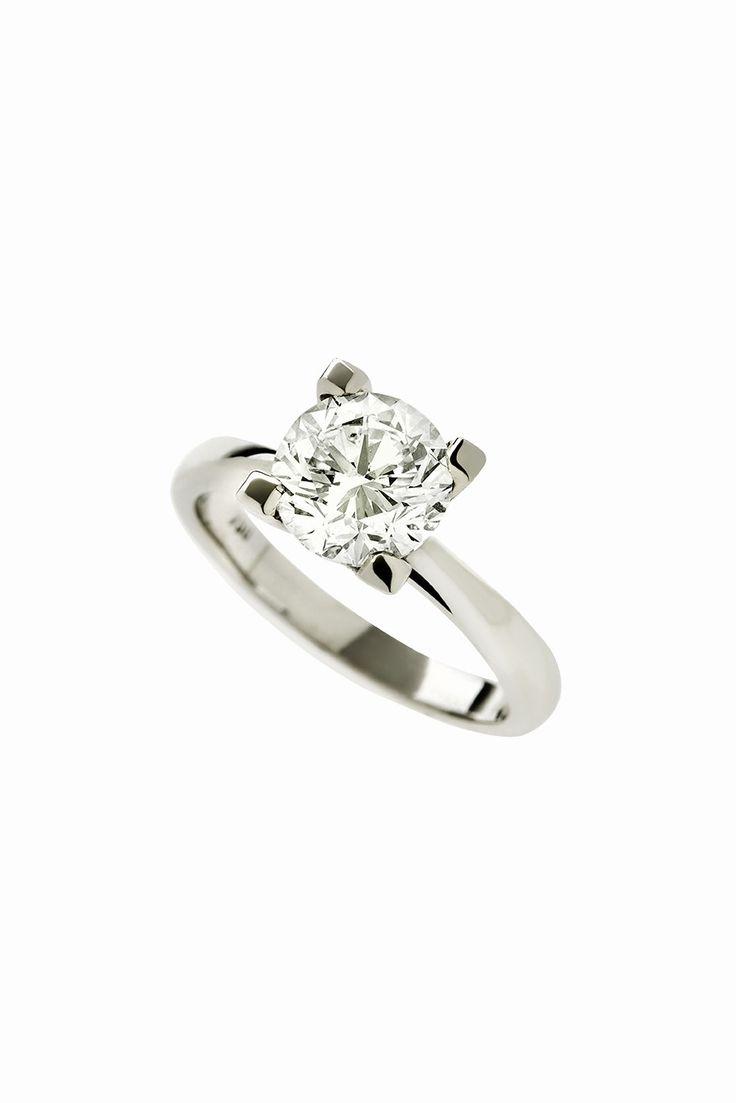 Gold K18 White Diamond