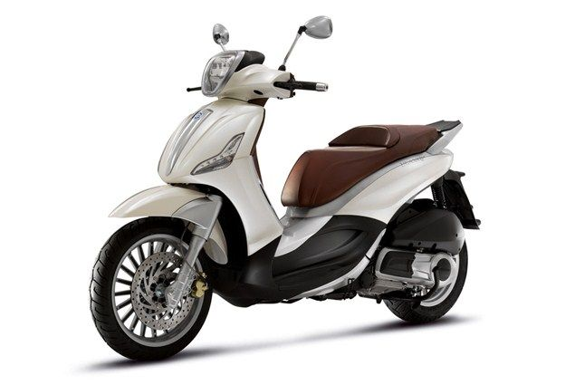 Top 10 maxiscooters under £3k - Piaggio Beverly 300 - Page 5 - Motorcycle Top 10s - Visordown