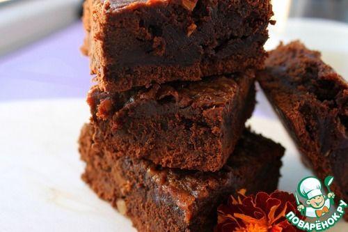 """Пирожное """"Брауни"""" с соленой карамелью - кулинарный рецепт"""