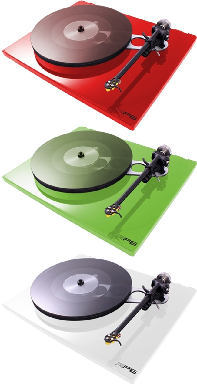 Rega RP6, on display, comes in several finishes . Come and see our very extremely rare Blue RP 6 table, Stereo Passion International