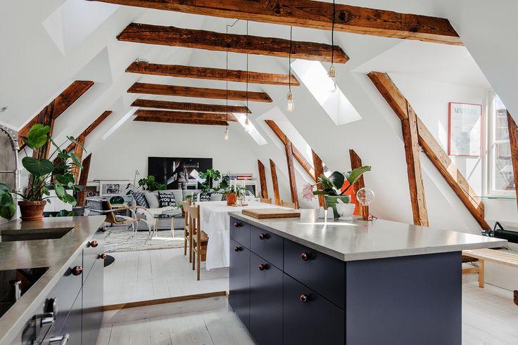 Attic apartment via Innerstadsspecialisten