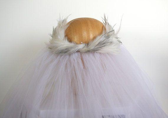 Bridal Feather Headpiece / Bridal Crown/ por PapillonsDeLeticia