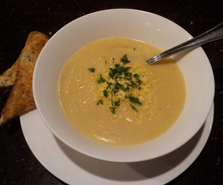 Recipe Carola's Cauliflower Soup by Carola Cocacola - Recipe of category Soups