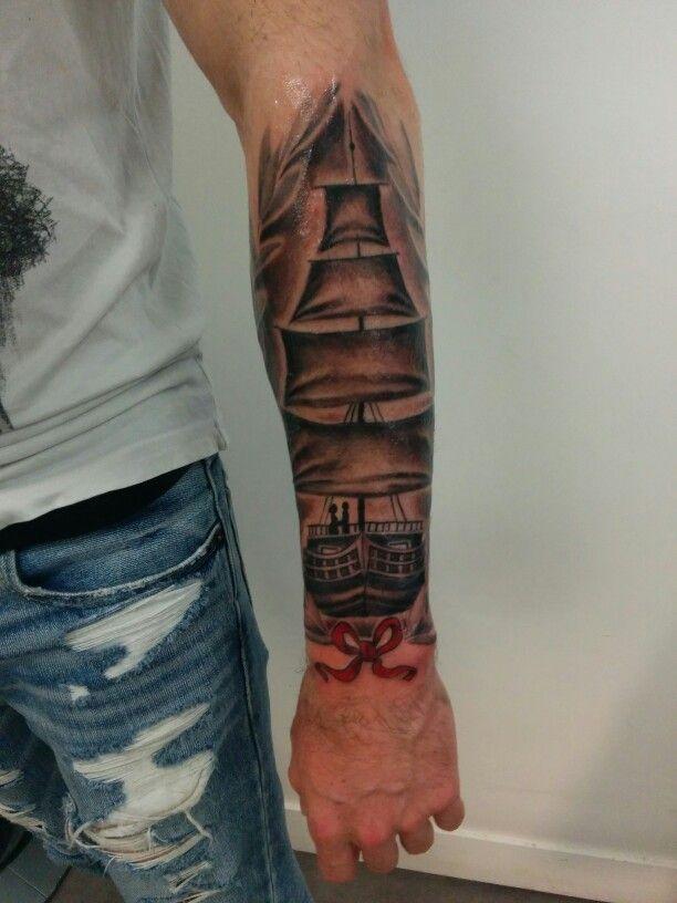 tatouage bateau pirate tatouage old school bateau trois mat with tatouage bateau pirate trendy. Black Bedroom Furniture Sets. Home Design Ideas