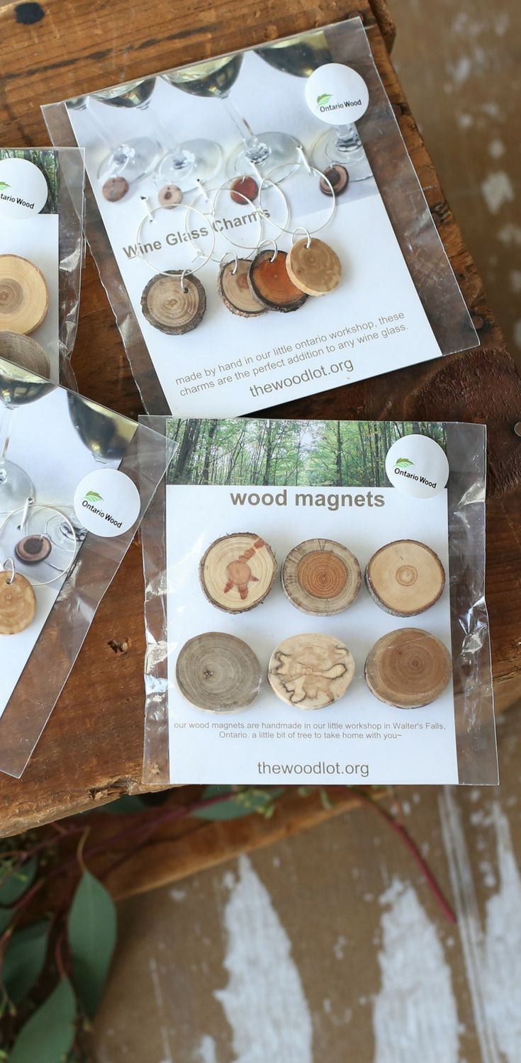 Wooden Magnets and Wine Charms. www.acre75.ca   Farmhouse decor, wooden decor, gift idea for mom, gift idea for best friend