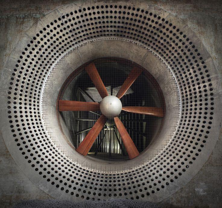 Slow speed wind Tunnel - Q121. www.facebook.com/DiffusePhotographyUK