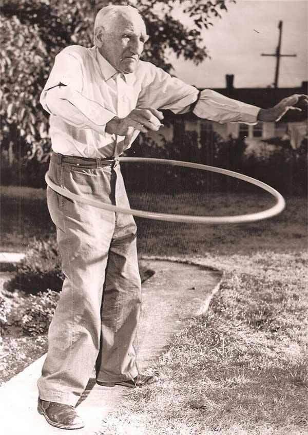 Image result for people hula hooping in 1950's