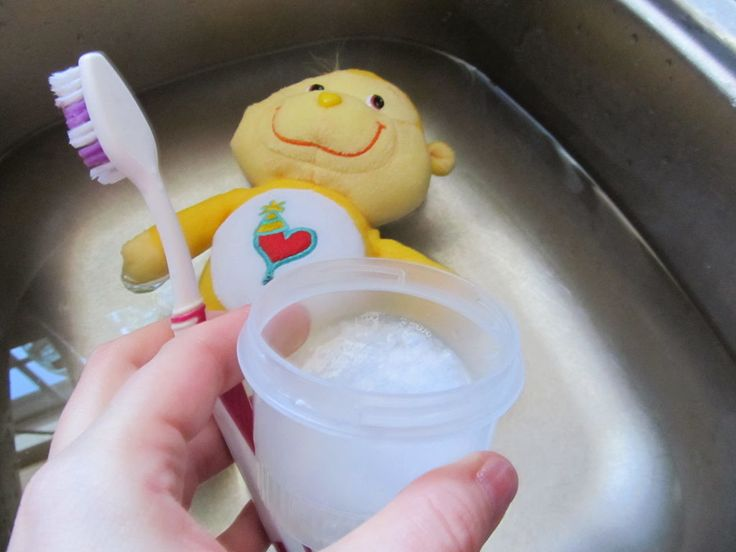 how to clean stuffed toys without washing machine