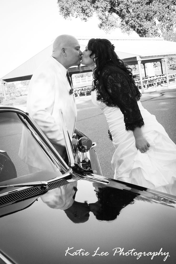 Wedding Black and White Car Kiss Photo By Katie Lee Photography in CO