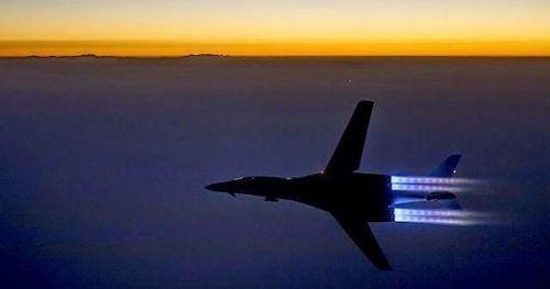 Just Pinned to Skies: #Repost @globalmilitaryaircraft B-1B... Just Pinned to Skies: #Repost @globalmilitaryaircraft B-1B Lancer. #fly #air #plane #airplane #aircraft #us #usa #usaf #usairforce #airforce #military #b1 #lancer #b1lancer #bomber #jet #aviation #aviationgeek #aviationdaily #flight #pilot #sky =============================== Follow these people: @globalairliners @the_next_pilot @international_aircraft @aviati0n1 ift.tt/2eIt9Ok via Tumblr ift.tt/2vNNl78