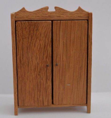 VINTAGE-LISA-OF-DENMARK-WARDROBE-LUNDBY-16TH-SCALE