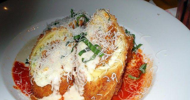 Planet Hollywood LA Lasagna  Copycat Recipe    Serves 5   MEAT SAUCE  4 tablespoons olive oil  1 1/3 pound italian sausage  1...