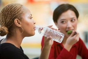 Try Drinking Some Water Or Unsweetened Drinks Before Your Meals To Achieve The Weight You Want!Hair Loss Women, Healthy Diet, Women Health, Health Tips, Get Fit, Healthy Food, Hairstyles Ideas, Drinks, Weights Loss