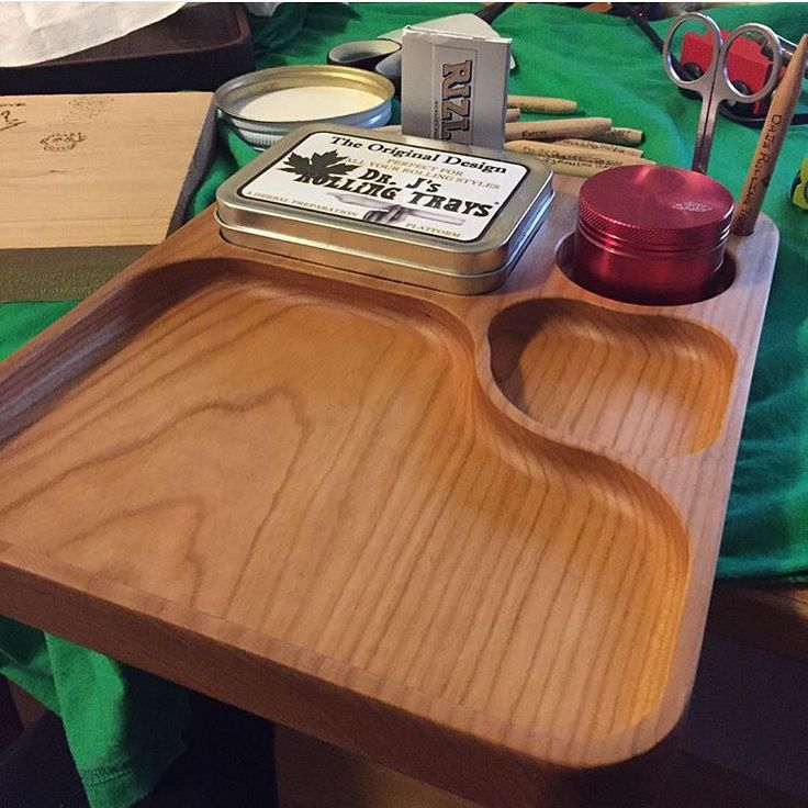 These are our large handmade Rolling Trays.   Also,  We are having a blow out sale on our small Dr. J's Rolling Trays. $39.99CAD while quantities last.   Every one of our trays comes with attached storage tin, scissors, baggies and our custom poker.   Visit www.RollingTrays.com   Or follow the link in our Bio.  #drjsrollingtrays #rollingtray #rollingtrays #budtray #sale #gift #present #myrollingtray #weedtray #jointrollingtray #present #handmadeincanada #canadianstoner