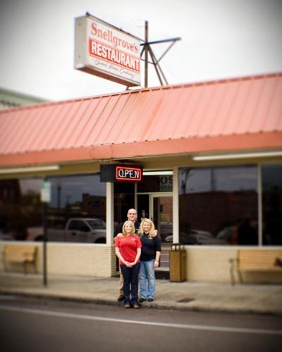Snellgroves Restaurant - Plant City Florida-A favorite for us Plant city folks