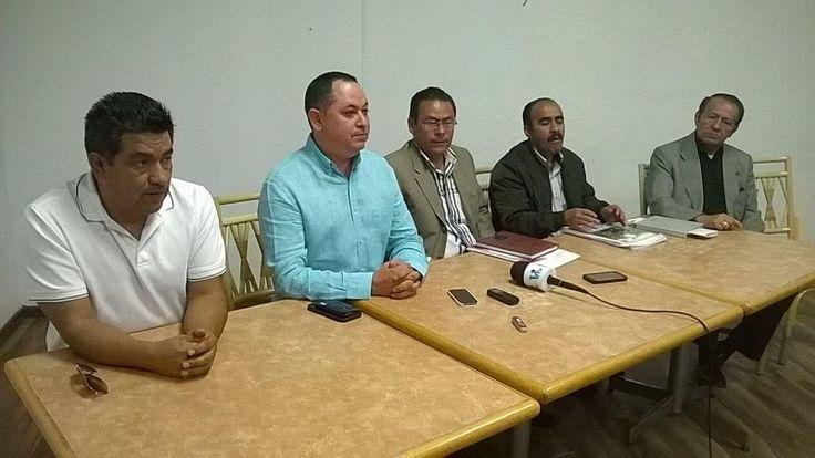 """La Universidad Michoacana contaría con un nuevo sindicato luego de que este lunes, un grupo de alrededor de 130 trabajadores sean """"expulsados"""" de las filas del SUEUM a través de ..."""