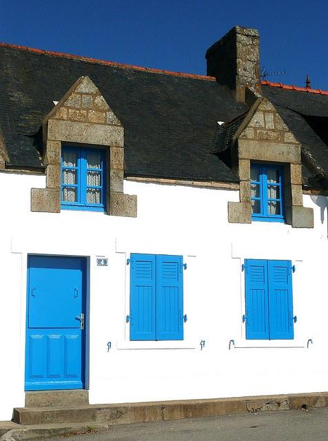 Maison bleue .Bretagne  France