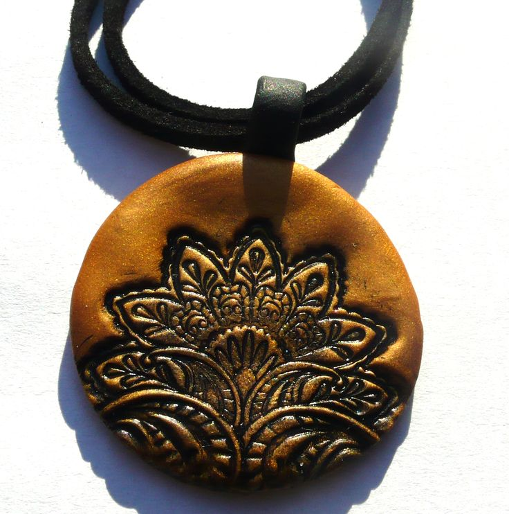 Black and gold oriental style pendant - polymer clay