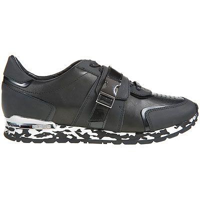 Dirk Bikkembergs Marka Erkek Ayakkabı Modasından Sizin İçin Seçtiğimiz En Yeni Sezon, En Şık ve Orijinal Dirk Bikkembergs Spor Ayakkabı ve Dirk Bikkembergs Klasik Ayakkabı Çeşitleri