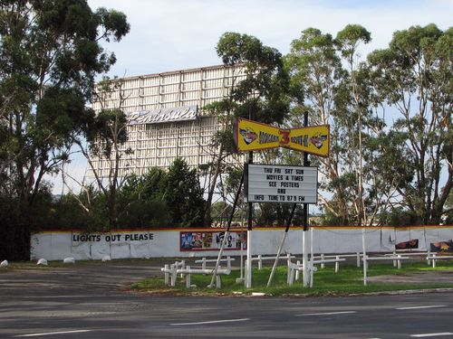 Dromana Drive-in (2009). This opened as the 'Peninsula' in 1961, with a single outdoor screen and a parking available for 485 cars