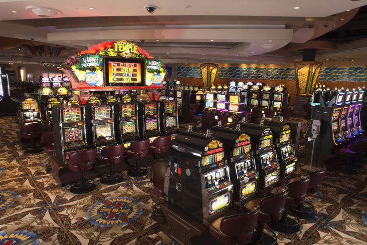 Gaming Floor - 583 slot machines