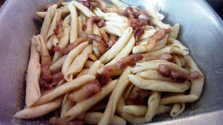 Pastel de macarrones – Pasticho de macarrones con carne – Pasticcio di maccheroni  –  Recetas italianas, recetas de cocina italiana en espanol