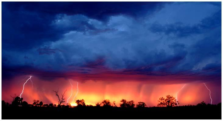 Summer electrical storm, outback Australia, photograph by Excitations, Mildura photographers, Australia.