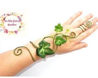 Hier heb ik Vergif Luur ring die is verstelbaar voor Vergif Luur gekostumeerd of boom mensen groene vrouw groene man.  BESTELLEN kunt u verzenden