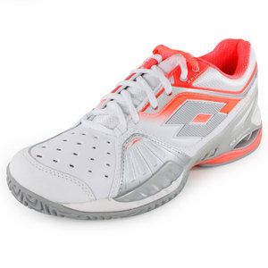 TheLottoWomen's Raptor Ultra IV Tennis ShoeWhite and Fluo Carrotis made with all the latest technologies fromLotto, making it perfect for the most competitive of tennis players. These shoes have everything you need to take you to the top of your game. #usopen #tennisshoes #lotto #radwanska