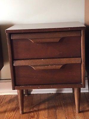 Walnut-Dresser-amp-2-Night-Stands-Mid-Century-Danish-Modern-Eames-Era