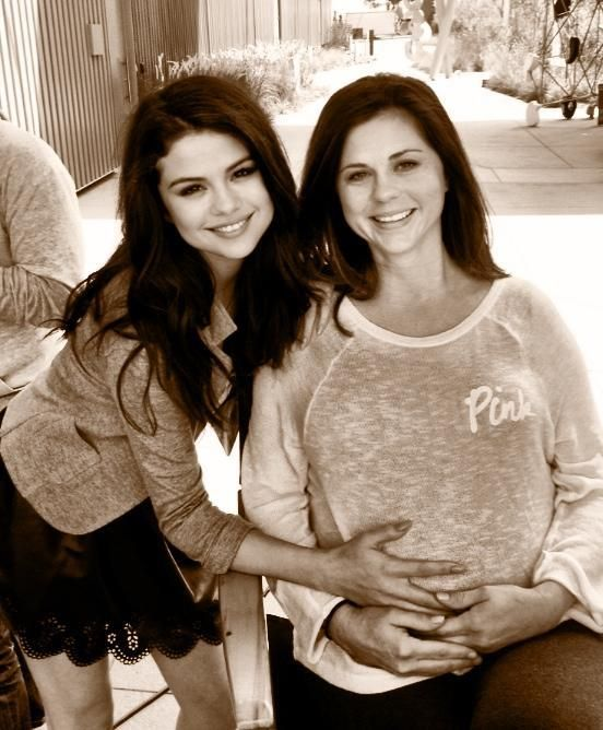 """Selena Gomez  """"Hope all the amazing moms had a great day! I have the best momma in the world :)) I love you so much!"""""""