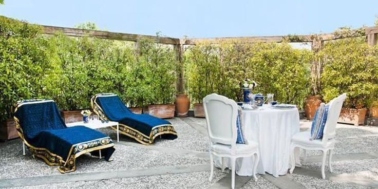 Home in Milan of Santo Versace