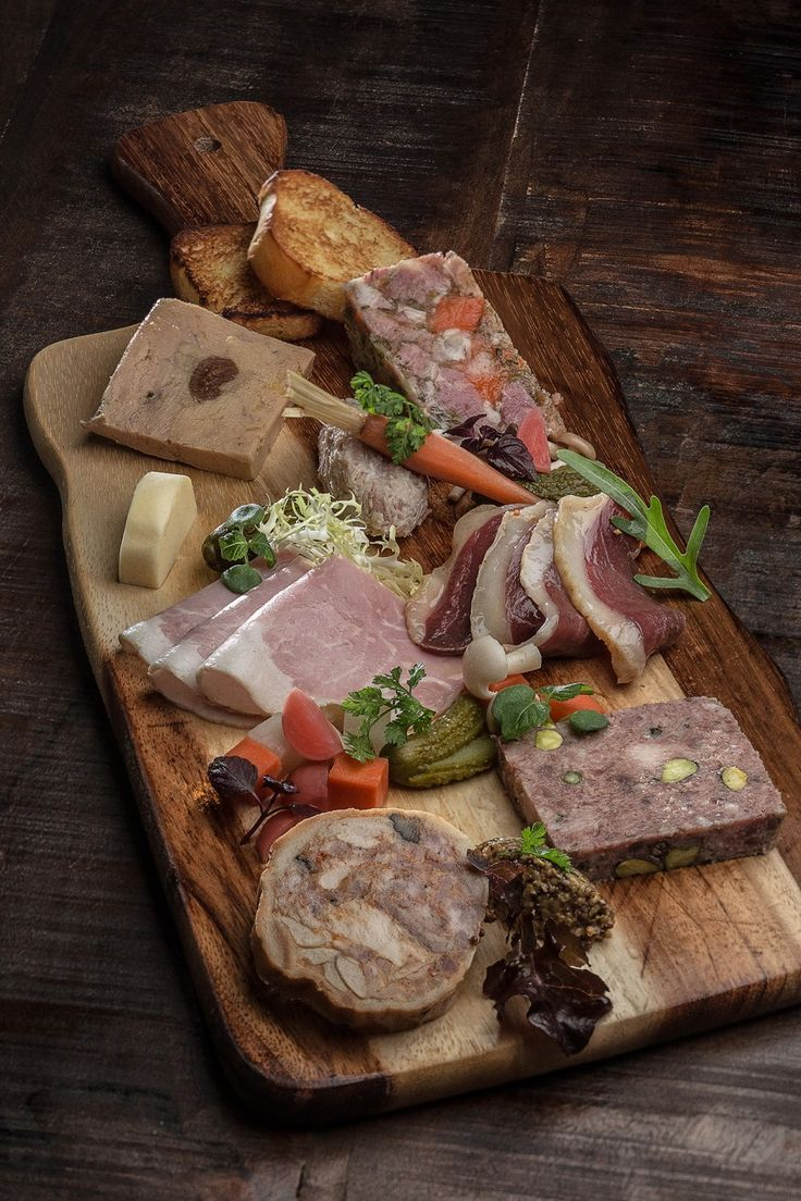 COUNTRY_DUCK_TERRINE_WITH_PISTACHIO_hd